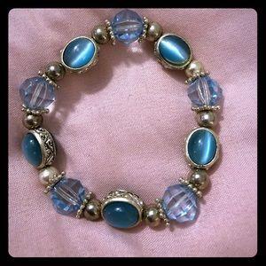 Vintage Bracelet! ‼️BOGO‼️